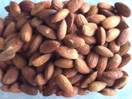 Picture of roasted almonds with sea salt homemade by craftyfork.com